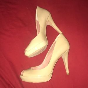 Vince Camuto Shoes - BRAND NEW Vince Camuto nude peep toe heels!